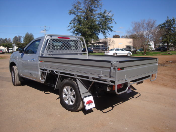 Nissan – Navara – Single Cab