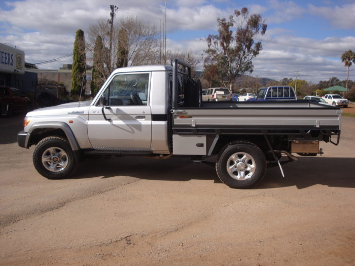 Toyota – Landcruiser – Single Cab